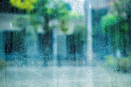 梅雨時は痛みがつよくなる!